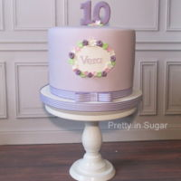 Lavender   Lavender Cake | Cake stand by Coco&Baunilha