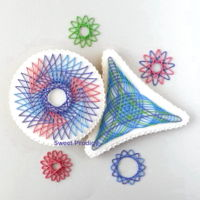 Spirograph | Sweet Prodigy These are royal icing transfers on sugar cookies.