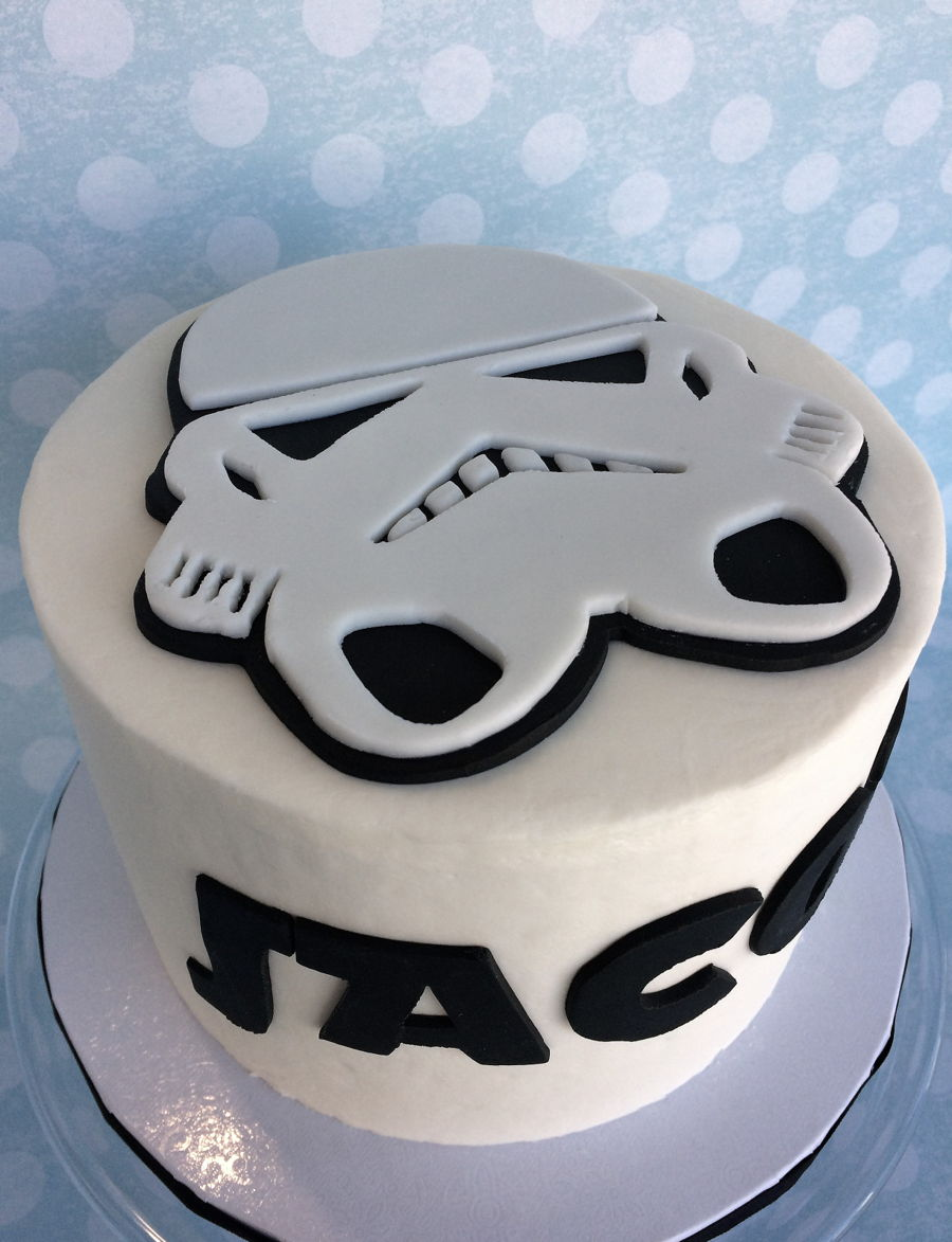 Peachy Storm Trooper Birthday Cake Cakecentral Com Personalised Birthday Cards Paralily Jamesorg
