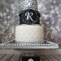 Black & White Cake Royal Cake Just another elegant black & white and silver cake gumpaste silver crown so chic so elegant by Diva of Cake