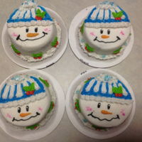 Mini Cakes, Holiday Small 3 inch round holiday cakes. Thank you CCers for the ideas. All buttercream