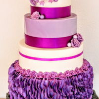 "Purple It Is Luckely for me, weddingcakes don""'t always have to be white"