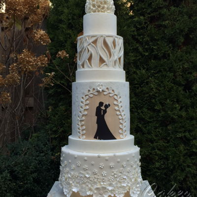 Modern Wedding Cake Inspired By Fashion