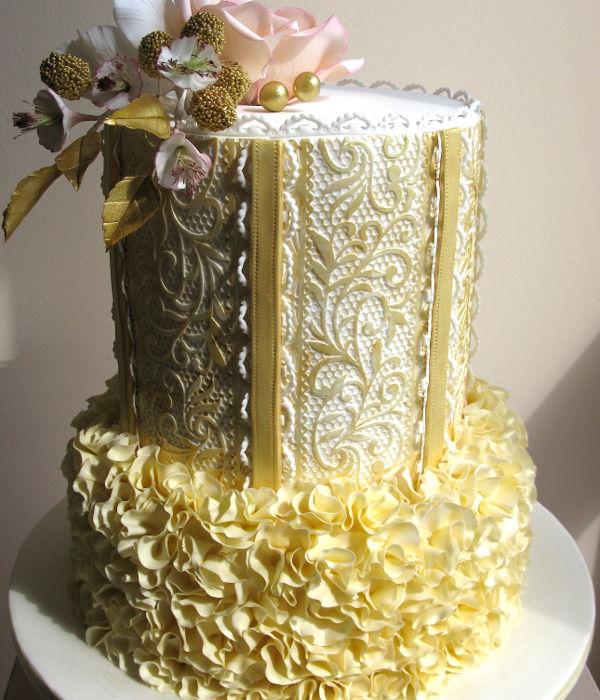 Gold Cake Decorating Photos