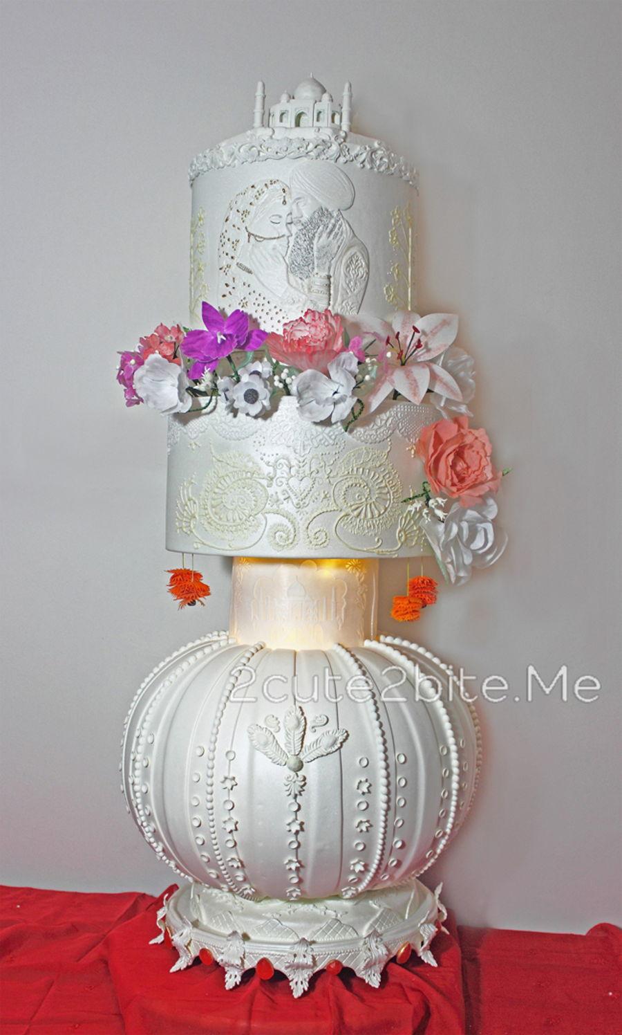AlMiraj Gold In Pro Wedding Cake Cakeshow Istanbul 2016
