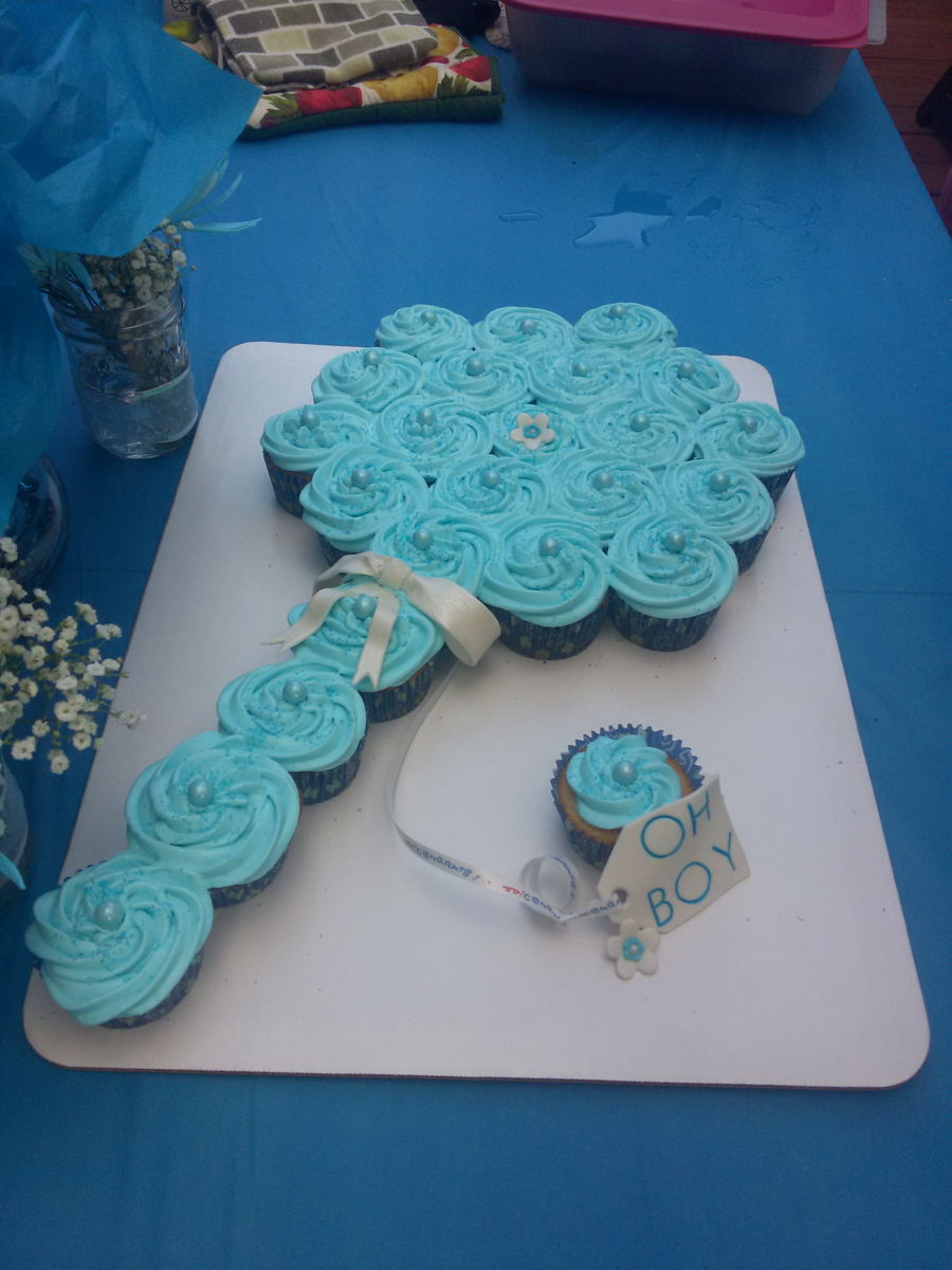 Baby Shower Pull-Apart Rattle Cake - CakeCentral.com