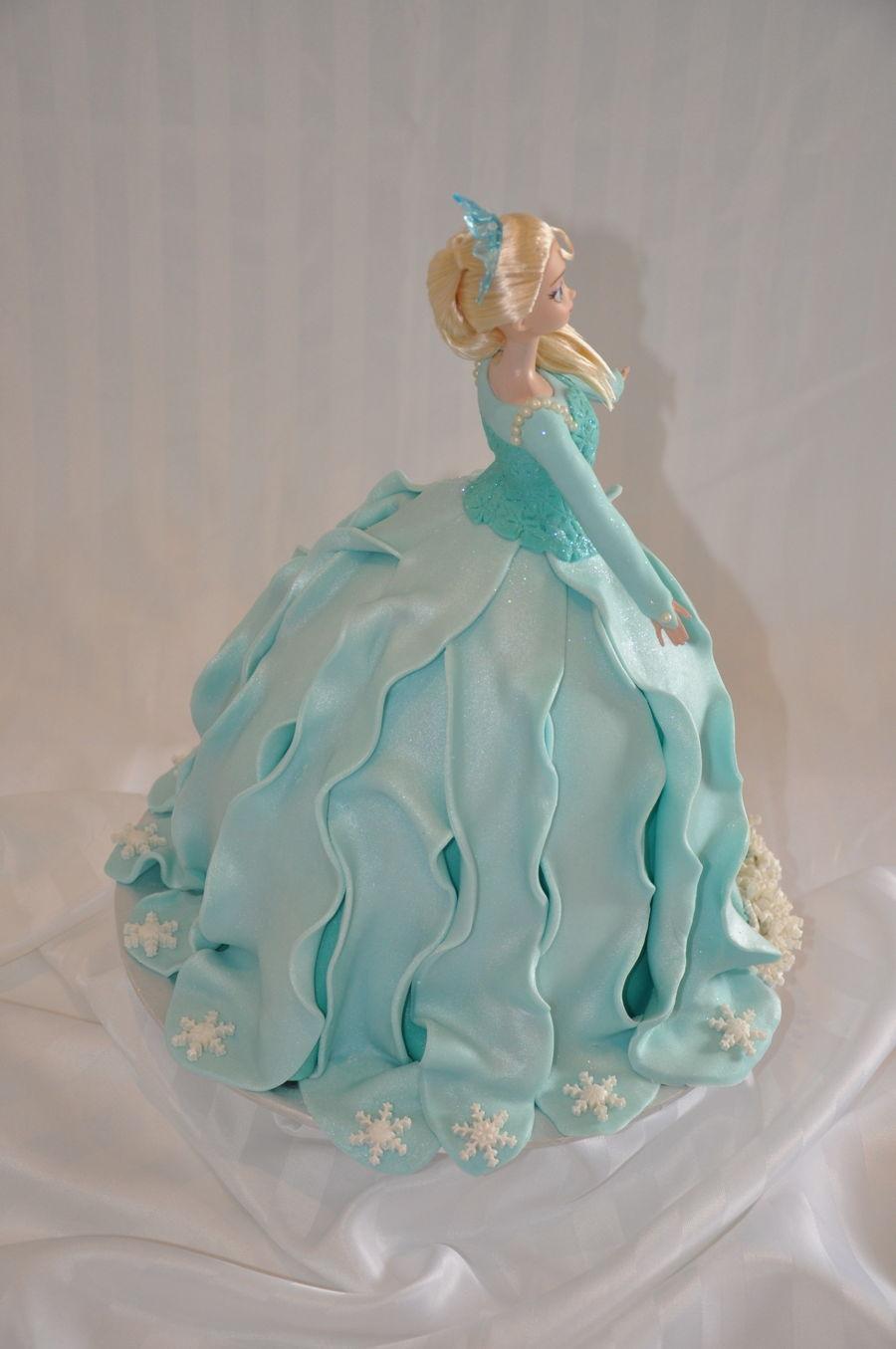 Frozen Elsa Cake - CakeCentral.com