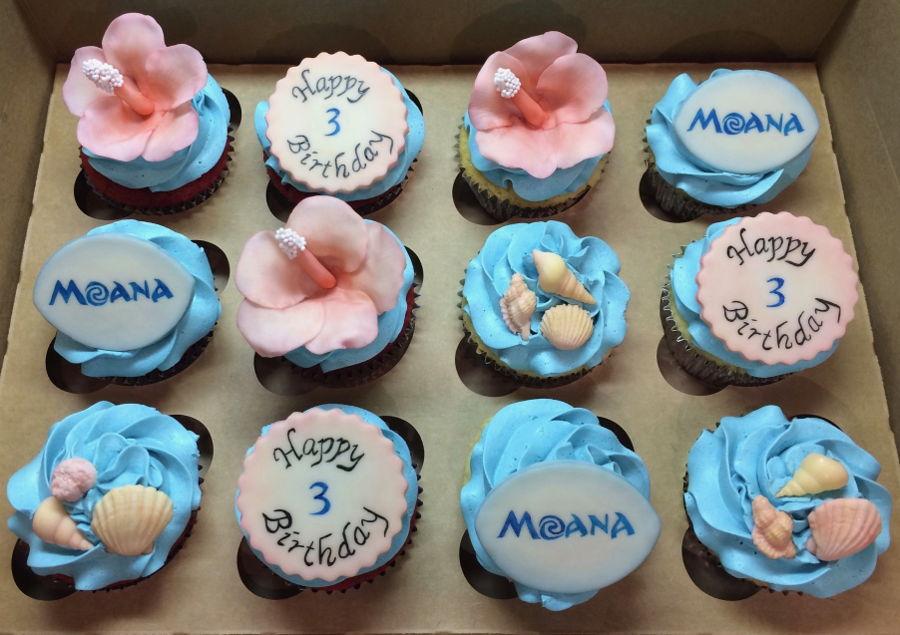 Moana Cake Pops