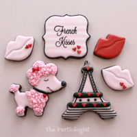 French Kisses! Bonjour! Sending French Kisses for Valentine's Day! http://www.thepartiologist.com/2017/01/french-kisses.html