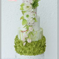 Greenery - Pantone 2017 Wedding cake based on Pantone colour of the year 2017