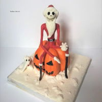 Nightmare Before Christmas Cake I had already uploaded this the other day, but the photos were a bit naff as I'd rushed them to get it in for a competition. It's...