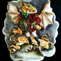 Steampunk Frog Cookie! A cookie decorated with coloured royal icing, not painted(inspired on Inga Moore work)