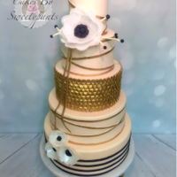 The Golden Goddess Dummy cake for a bridal expo. Golden is the word.