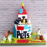 The Secret Life Of Pets Cake... The secret life of pets cake... All edible...