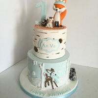 Winter Woodland Animals Cake winter woodland animals made to match the invite and party theme