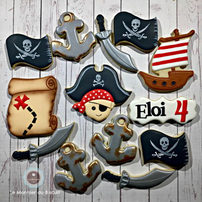 Pirate Birthday Cookies   Pirate theme decorated cookies, royal icing