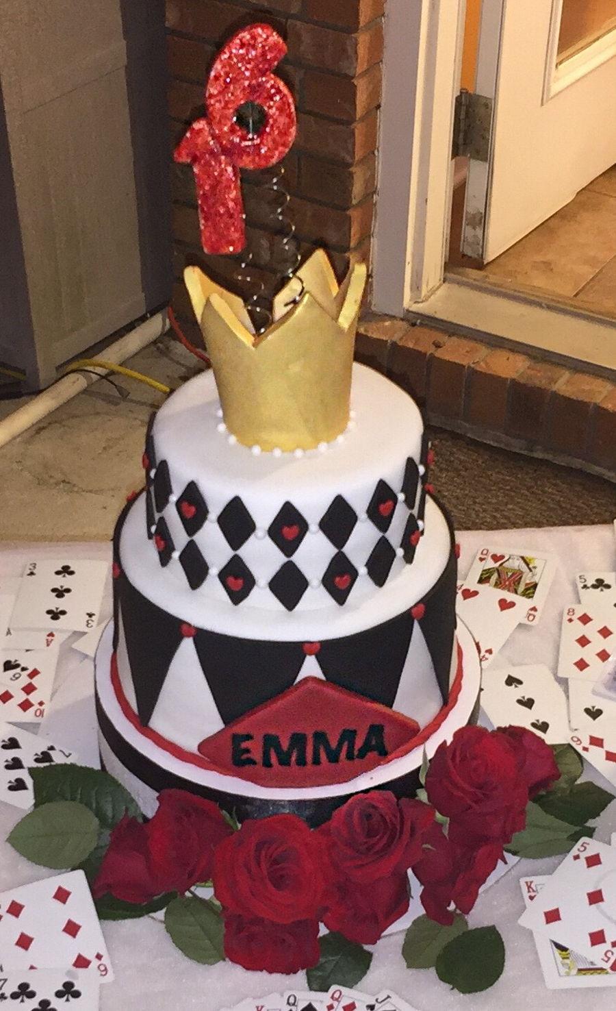 Alice In Wonderland Queen Of Hearts Cake CakeCentralcom