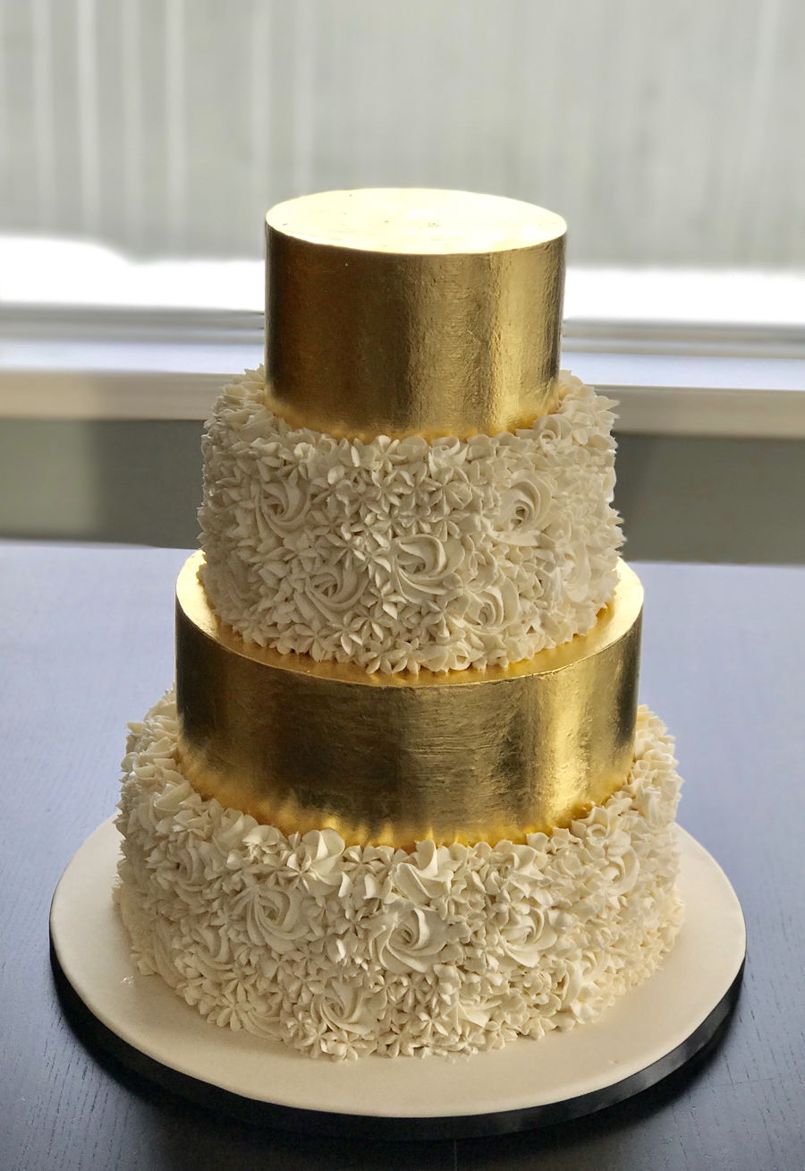 Gold Leaves Cake Decoration : Gold Leaf Wedding Cake - CakeCentral.com