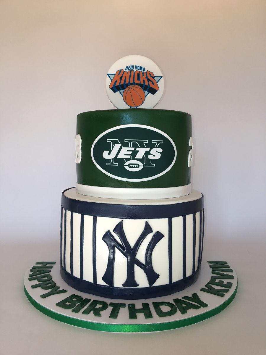 Strange Ny Sports Birthday Cake Cakecentral Com Funny Birthday Cards Online Amentibdeldamsfinfo