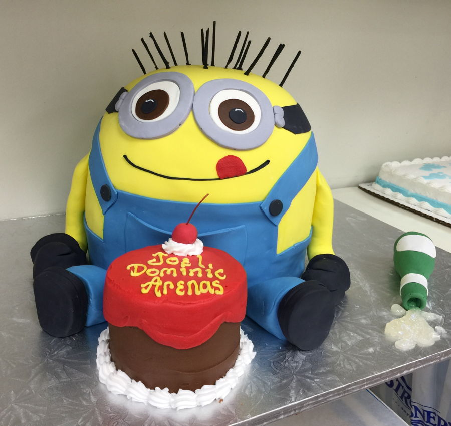 Shaped Minion on Cake Central