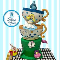 Alice In Wonderland a big big three tiers cake for a young lady's birthday who adores Alice!!