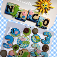 George Pig And Dino Cookies Decorated with mix tecniques