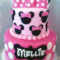 Minnie Mouse Cake Two tiered pink Minnie Mouse cake