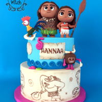 Moana Cake Moana, Maui, Heihei and Kakamora Pop figurines, hand painted Tatoo style tier