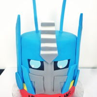 Optimus Prime From Transformers This is the second fondant cake I've ever made!