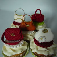 Purse Cupcakes Some purse cupcakes to match a cake.