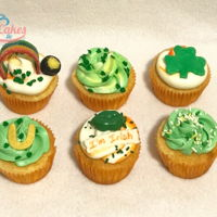 St. Patrick's Day Cupcakes All cupcakes are iced in buttercream and decorated with MMF. Rainbow is an air head!