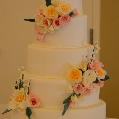 First Wedding Sugar Flowers-Cake Mot Mine on Cake Central