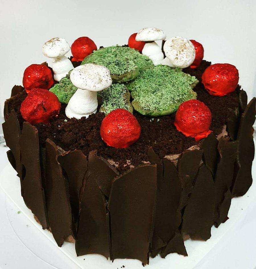 Black Forest Meringue Cake Recipe
