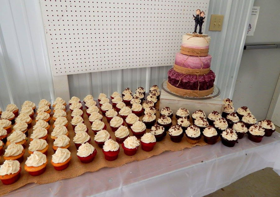 Kiena And Dylans Wedding Cake And Cupcakes For The Sweetest Police Officer Couple A 3 Tier Buttercream Rosettes Rustic And Rustic Swirl Style Cake In