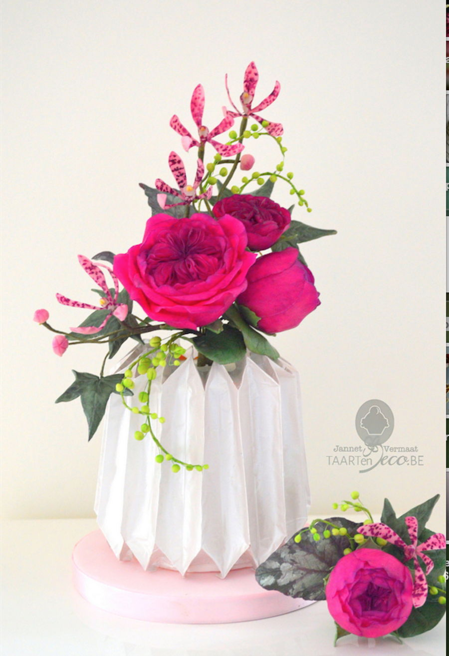 Cake In Origami Folded Vase With Flowers Cakecentral