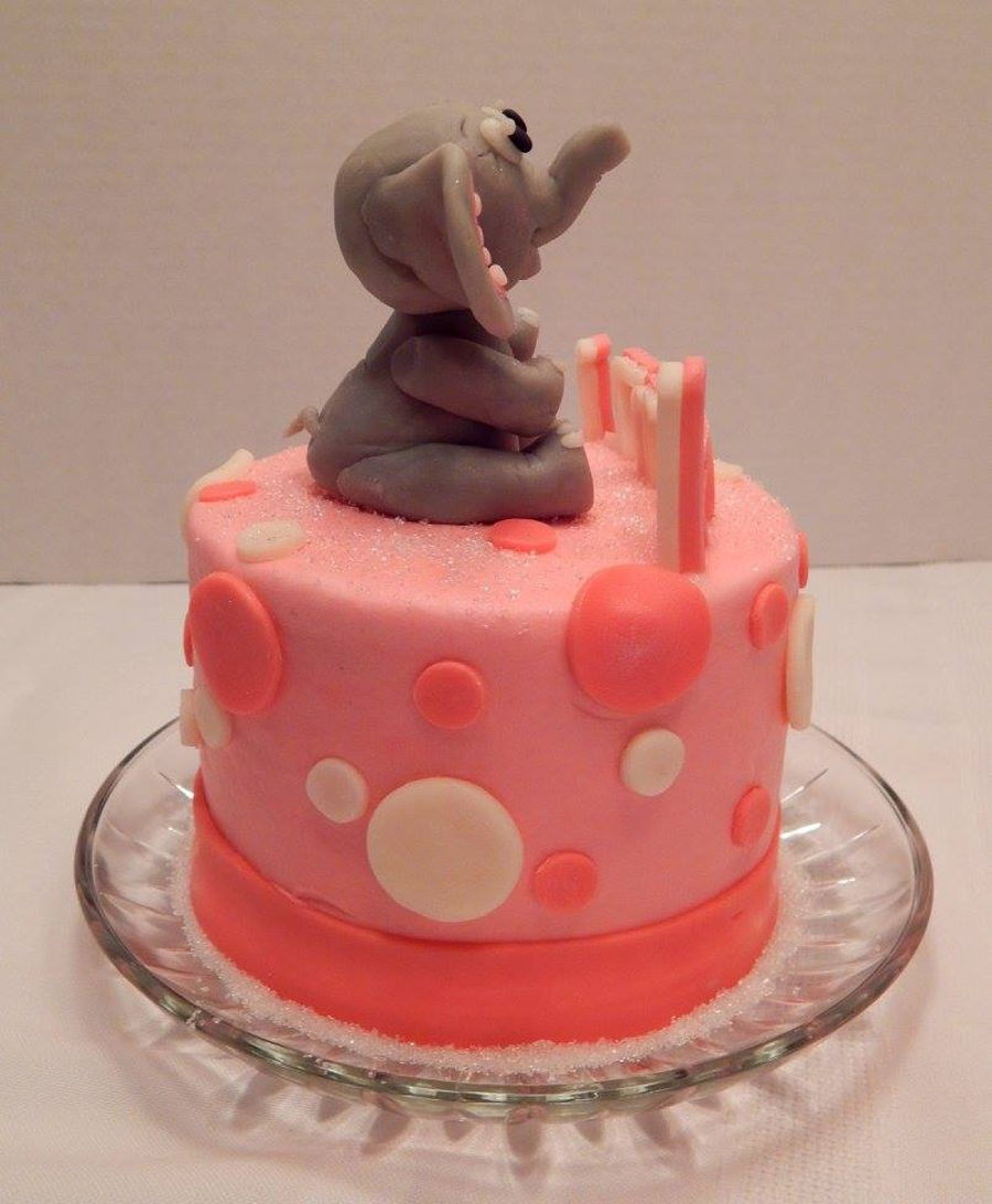 Kenzi S First Birthday Smash Cake A 4 Inch Ercream And Candy Clay With Little Elephant To Top It Off All Edible No Fondant