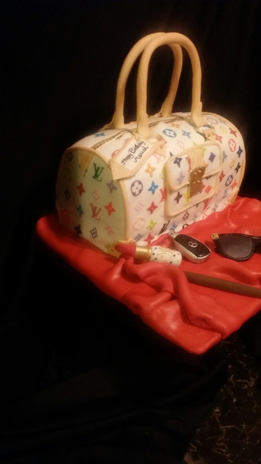 Louis Vuitton Purse Cake - CakeCentral.com