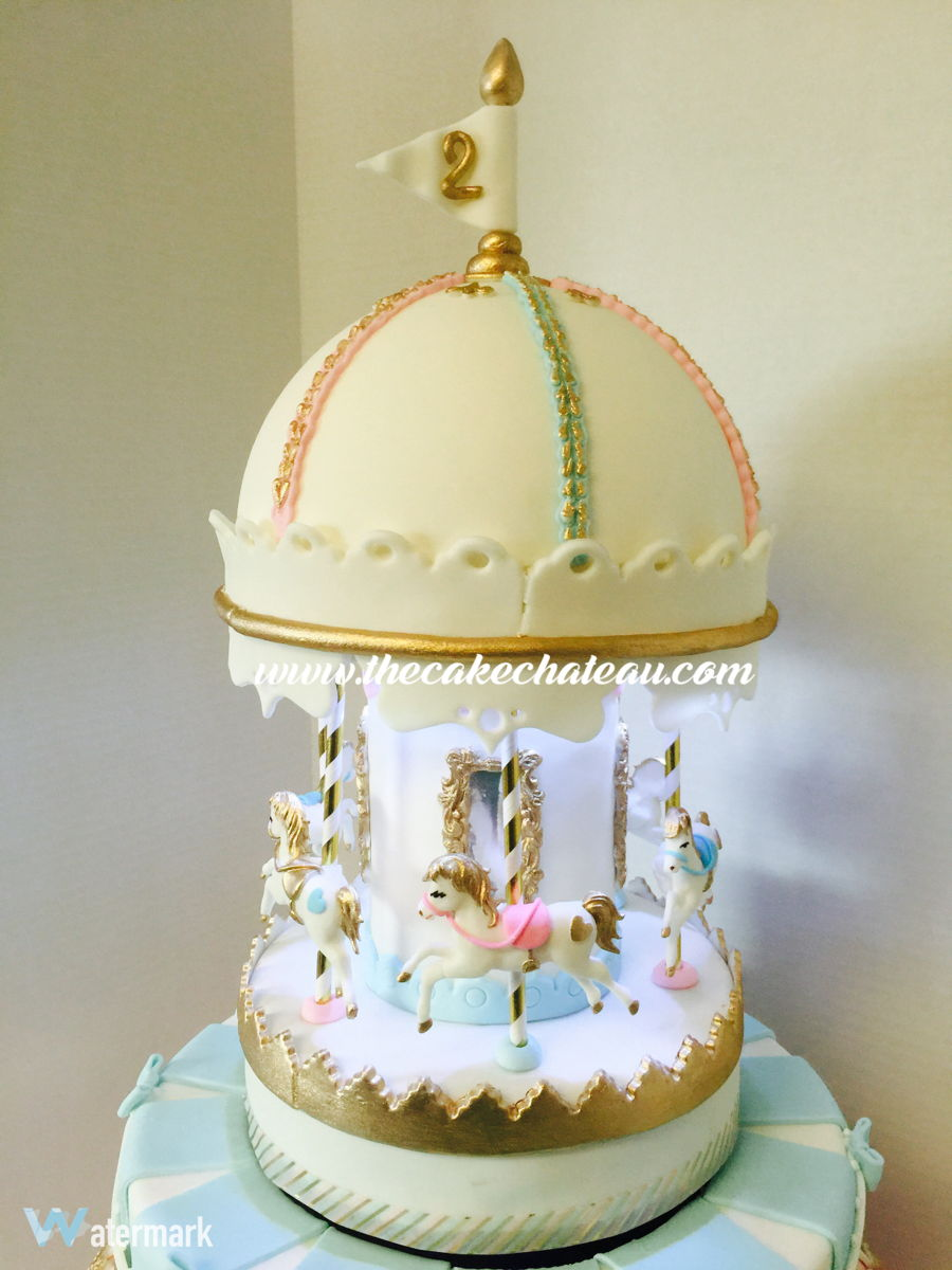 Musical, Spinning And Lighted Vintage Carousel Cake - CakeCentral.com