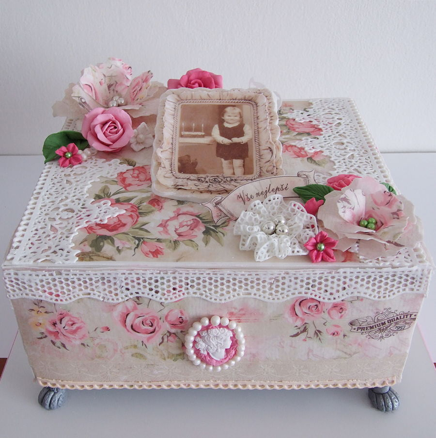 shabby chic box. Black Bedroom Furniture Sets. Home Design Ideas
