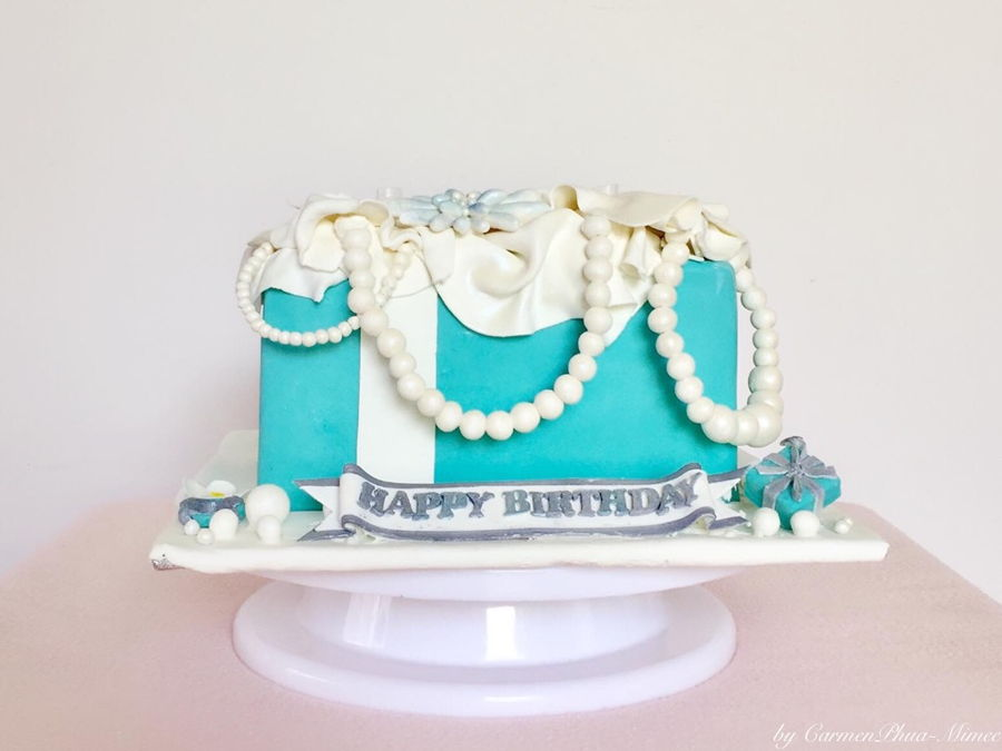 tiffanyampco box cake cakecentralcom