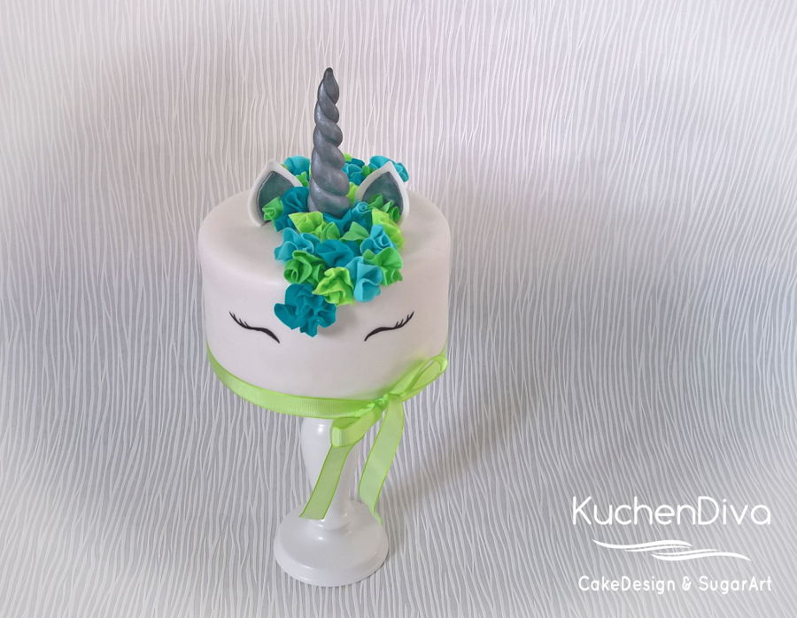 Yes I Did It Too A Unicorn Cake For My Big Girl\u0027s 10Th