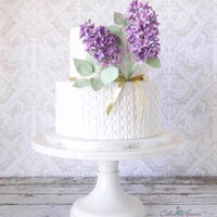 A Little Lilac Cake A simplistic cake for a lovely lady.