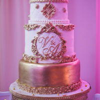 Baroque Wedding Cake White & Gold Gorgeous baroque wedding cake White and Gold picture by ALT wedding Studio