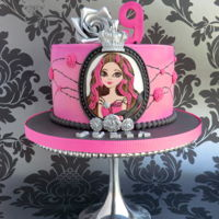 Ever After High - Briar Beauty This cake I designed for 9 year old Julia, who really loves Briar Beauty from Ever After High. Love making this cake :)
