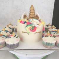 Unicorn Cake And Cupcakes CAKE & CUPCAKESVANILLA AND CHOCOLATE CUPCAKESBUTTERCREAM