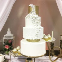 White And Gold Elegance I designed this cake for a shoot at a local banquet and events center for their advertising.