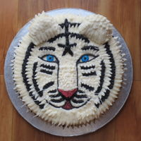 "White Tiger I copied this from ""lalaine"" for my mother's birthday. She absolutely LOVES tigers and loved the cake!!"