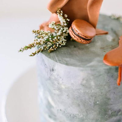 Concrete Look Cake With Copper Drip Concrete effect cake, copper drip, macaron and copper sail