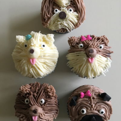 Doggy Cupcake Doggy Cupcakes - A lesson in cupcake decorating for my niece