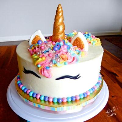 Unicorn Cake Decorating Photos